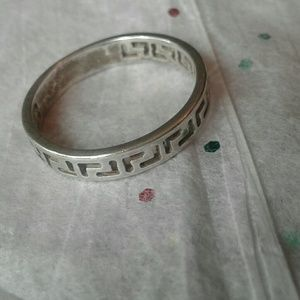 Other - Vintage sterling cut out band ring size 8